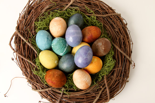 Natural-Dyed-Eggs-51